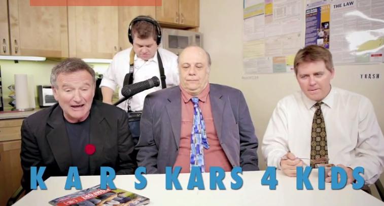 Robin Williams singing Kars4Kids jingle
