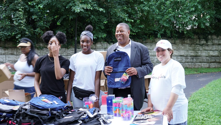 Backpack giveaway 2019 Newark Night Out