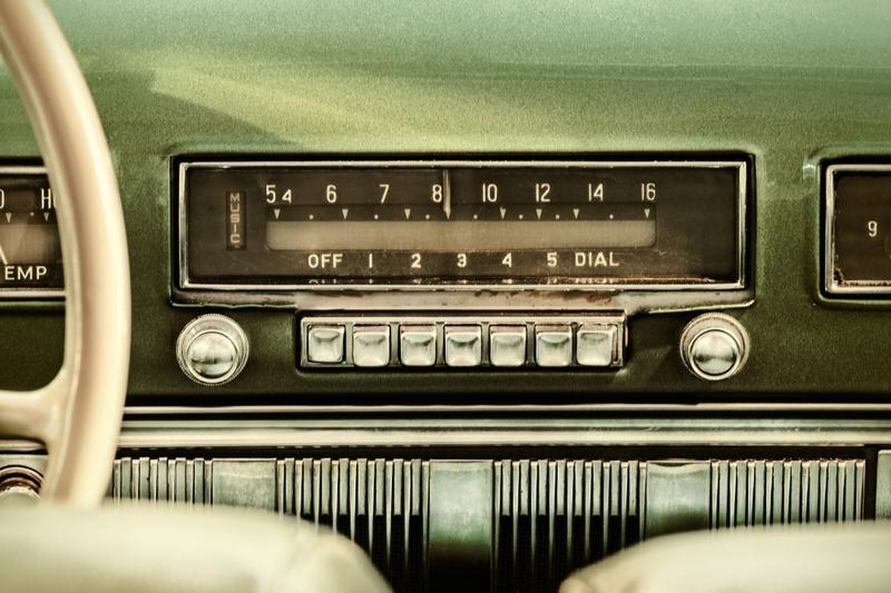 retro push button car radio